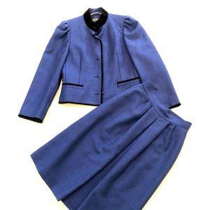 LOUIS FERAUD Couture Vintage skirt suit